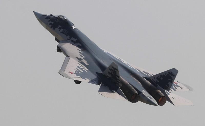 俄羅斯訂購的76架蘇-57正陸續交付給空軍的3個航空團,預計未來交付量將大增。(歐新社)