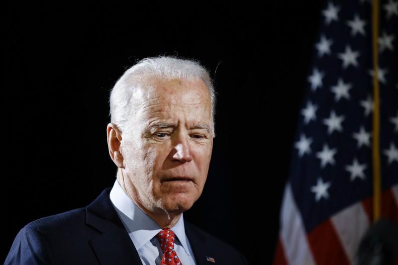 美國民主黨總統候選人拜登失言挨轟,22日公開道歉。(美聯社)