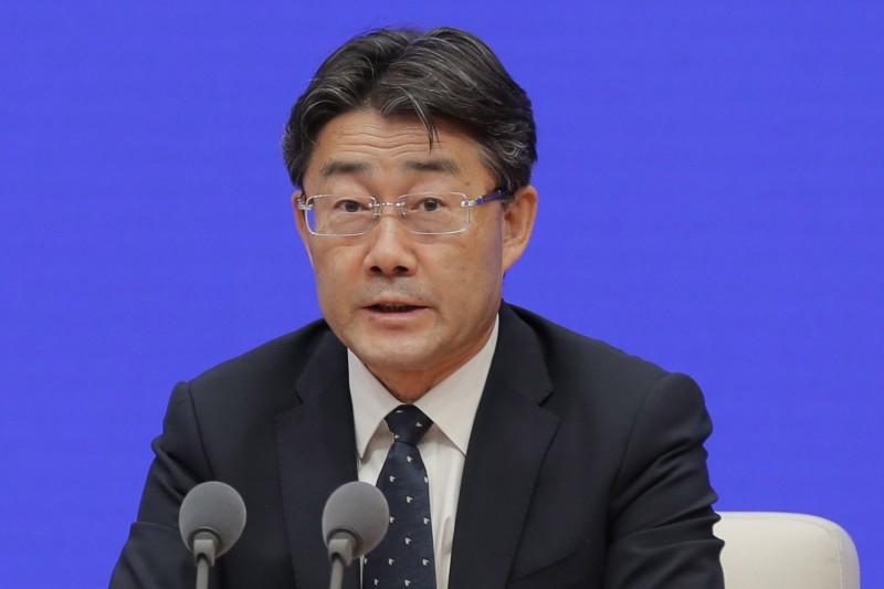 中國疾控中心主任高福在今年3月時辯稱,疫情初始沒有病學數據,所以無法判定疫情會不會人傳人,他也說,當時沒人能預言病毒會大流行。(歐新社)