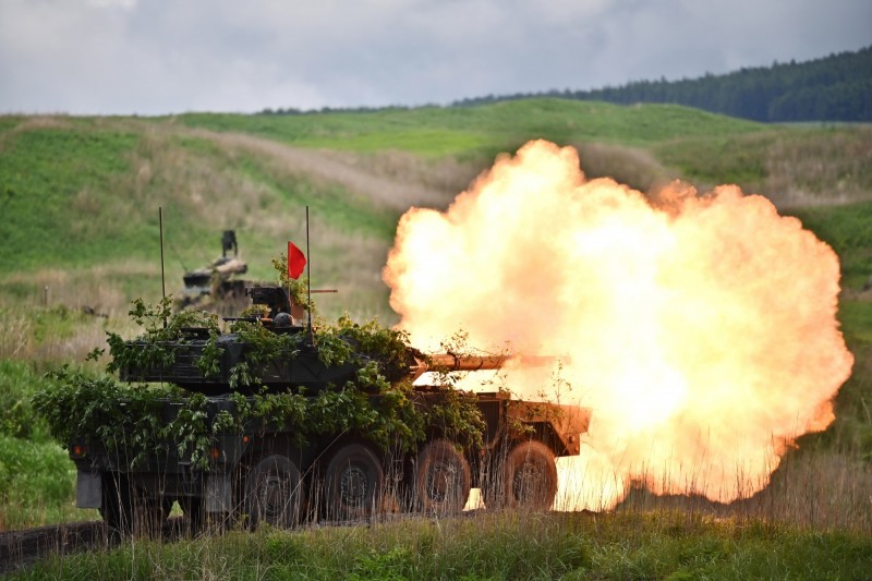 軍情動態》日本陸上自衛隊今火力演習 戰車火砲輪番登場轟翻天