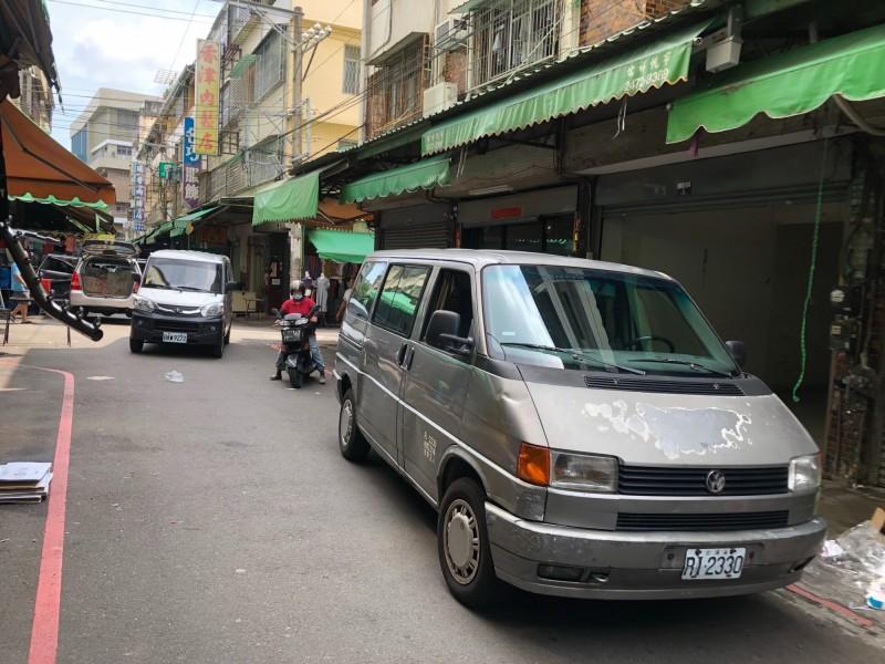 強擄幼女未遂的爭議,發生於中市南屯市場內。(記者張瑞楨翻攝)