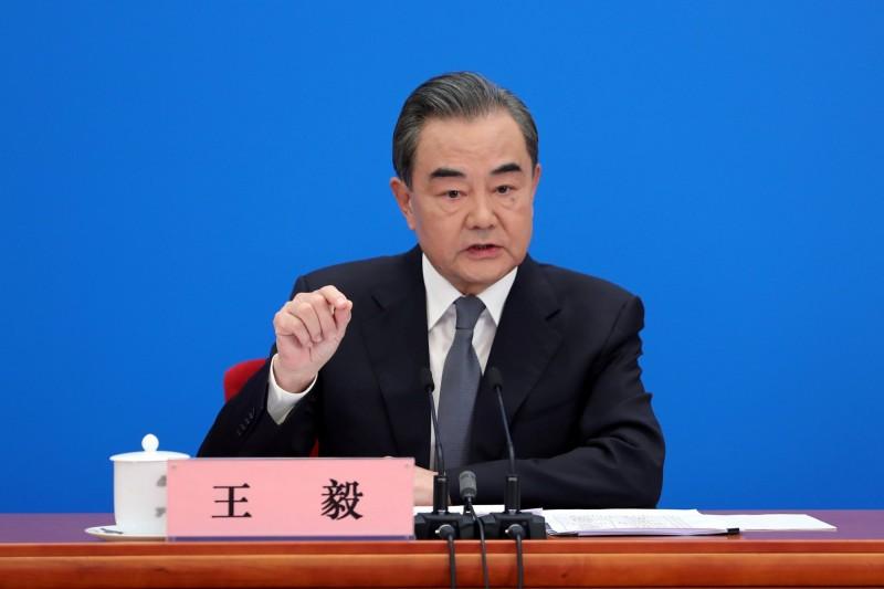 中國外交部長王毅(見圖)今天針對香港議題重申勿干涉內政。(路透)