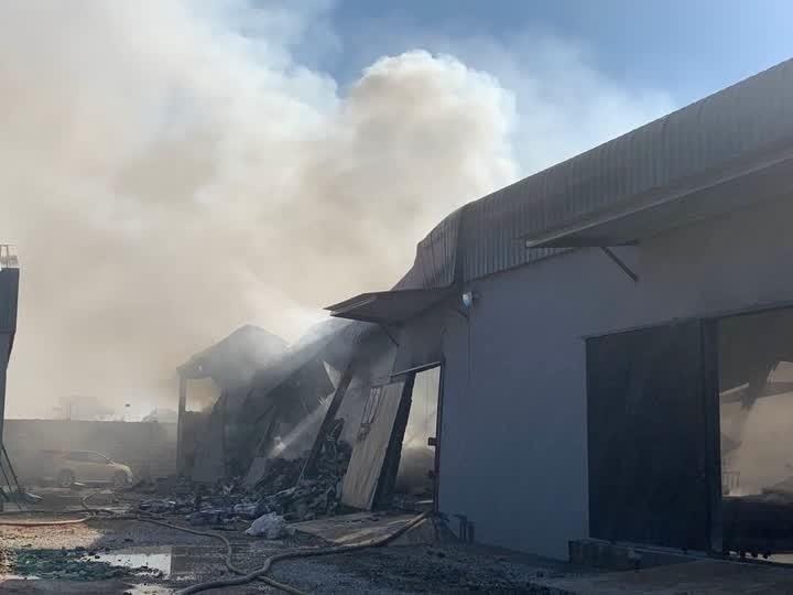 尚比亞首都盧薩卡發生屠殺中國人慘案的一處倉庫。(翻攝自鳳凰衛視電視畫面)