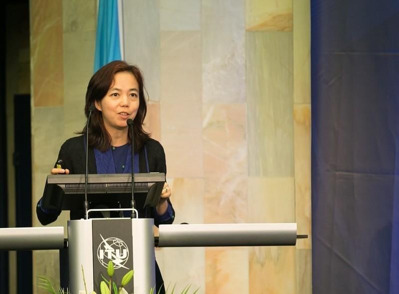 近期有多位Twitter用戶表示,自己因發文爆料Twitter新上任的獨立董事李飛飛和中國政府關係密切,Twitter帳號慘被註銷。(圖擷取自維基百科)