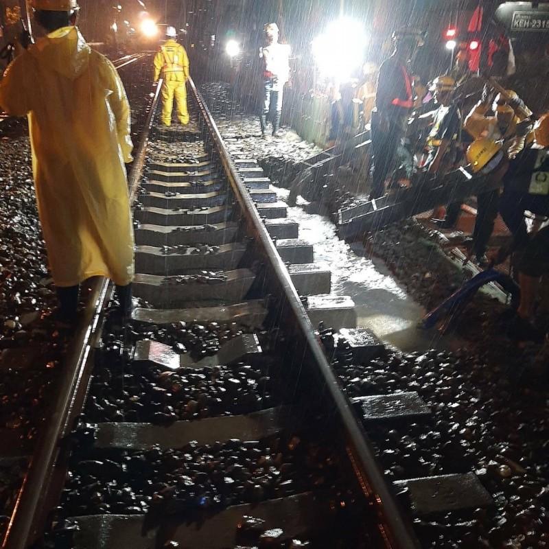 台鐵表示,經查該處所為鐵道局台南地下化C214標工程區段。(台鐵提供)
