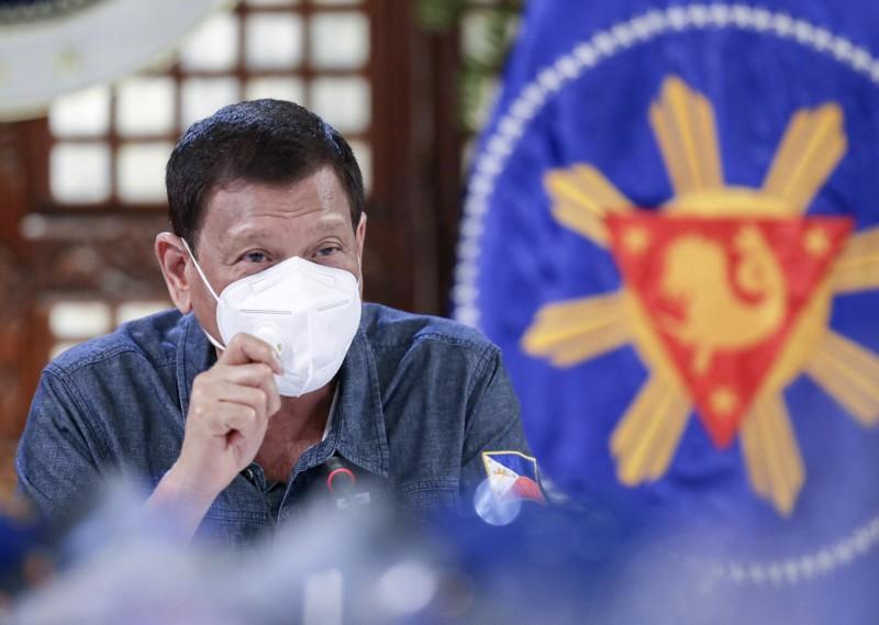 菲律賓總統杜特蒂表示,他不會允許菲國學生在獲得武漢肺炎疫苗之前重返校園。(美聯社)