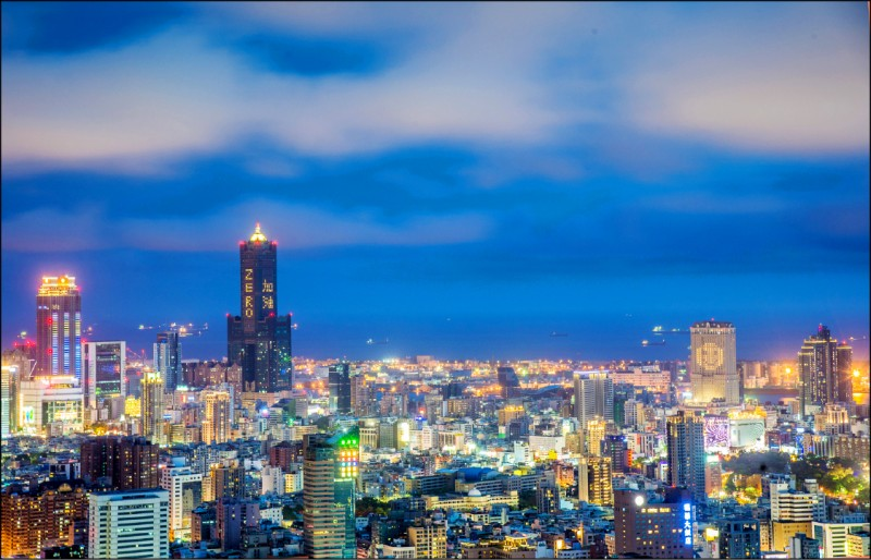 交通部長林佳龍宣布,七月一日啟動第二階段安心旅遊。(資料照)