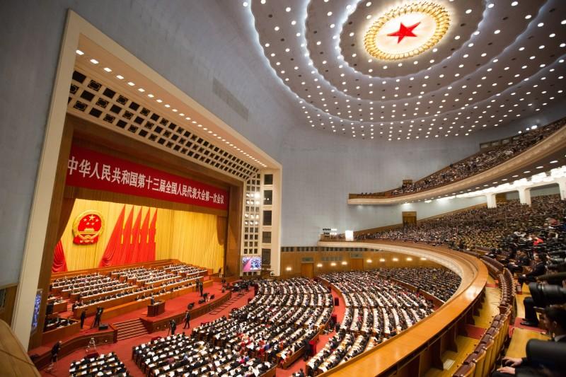 中國人民代表大會通過香港國安法,引發美方揚言制裁。(歐新社)