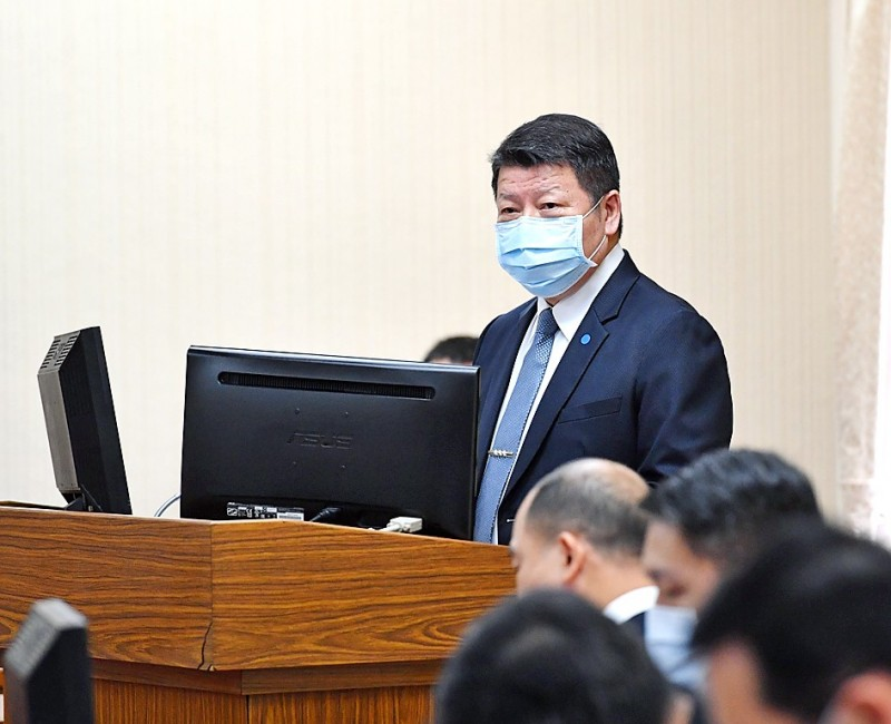 Deputy Minister of National Defense Chang Che-ping speaks at a meeting of the legislature's Foreign Affairs and National Defense Committee in Taipei yesterday. Photo: CNA