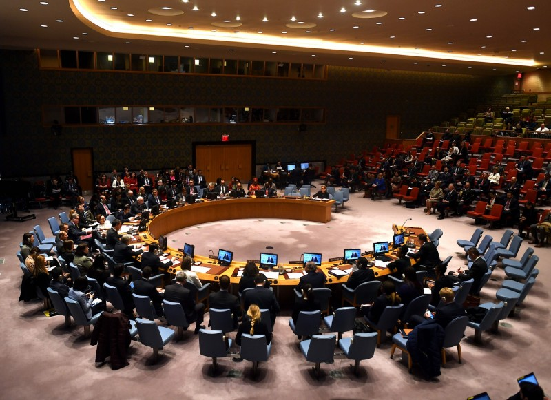 美國多名跨黨派參議員聯名致函聯合國安理會現任及下任輪值主席,呼籲安理會針對中國損害香港自治行徑,立即召開會議因應。圖為聯合國安理會2月在紐約總部開會畫面。(法新社)