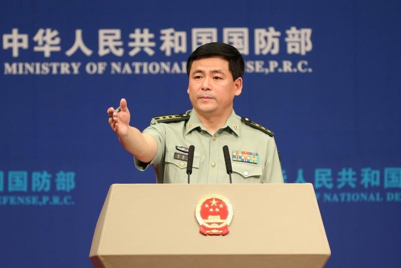 中國國防部發言人任國強(見圖)今再度痛斥美方售台魚雷,要求立刻停止軍售案。(路透檔案照)