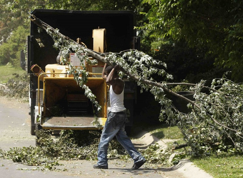 美國阿拉巴馬州工人不慎被捲入碎木機,救援人員到場後只找到部分屍塊。碎木機示意圖,與本新聞無關。(美聯社)
