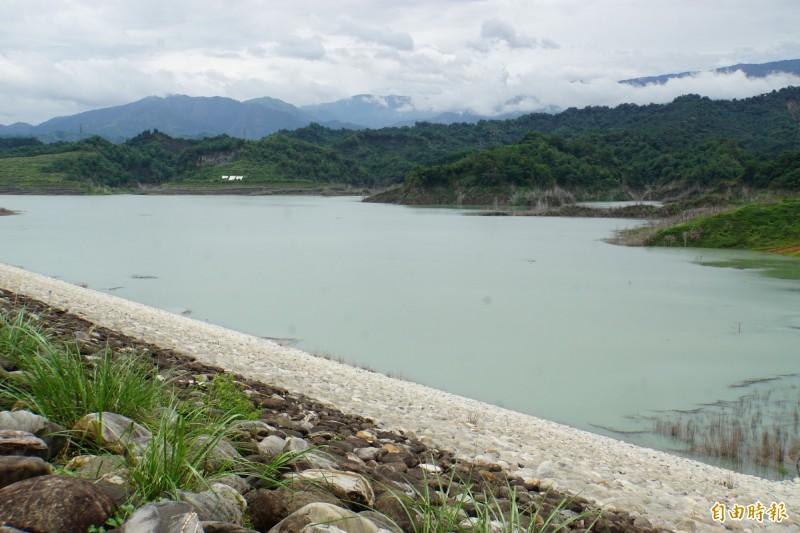 湖山水庫本週大進補,增加約20%的蓄水量。(記者詹士弘攝)