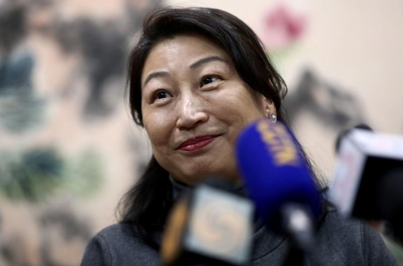 香港律政司司長鄭若驊表示,推出任何合法或不合法的製裁,都只會造成雙輸局面,美國與香港之間有貿易順差,實施制裁對美國也無好處;而事實上,美國本身也有很多關於國家安全的法律。(路透)