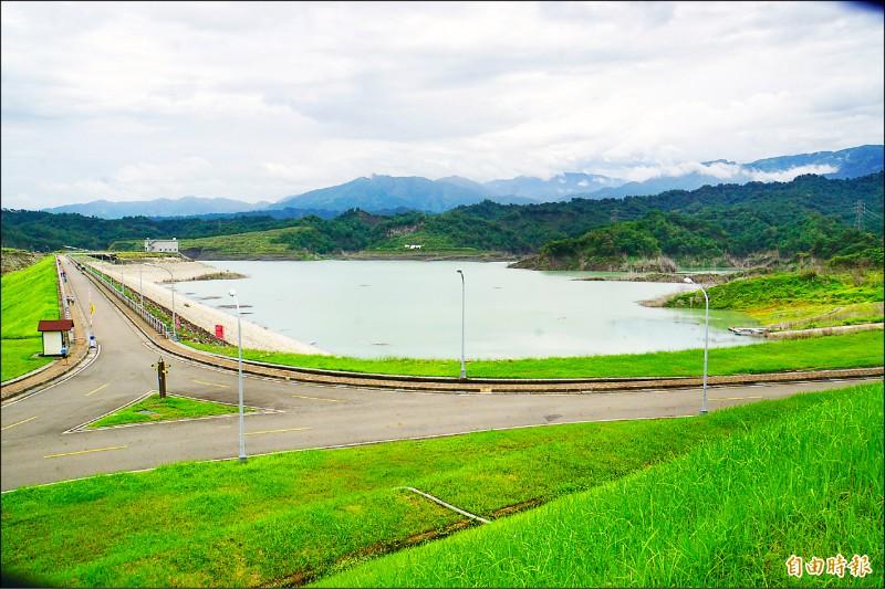 拜梅雨所賜,湖山水庫蓄水量較五月二十日成長一倍。(記者詹士弘攝)