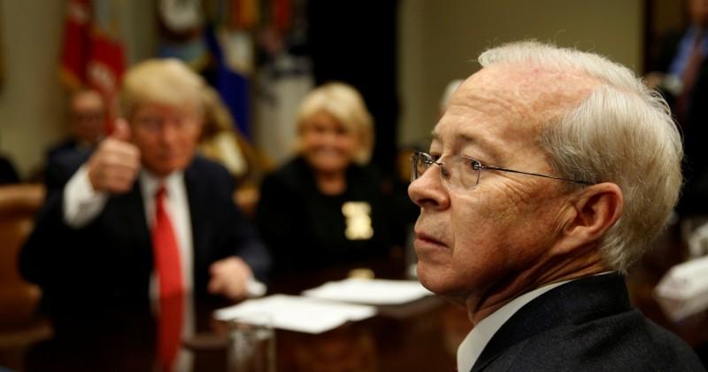 美國聯邦調查局週六(30日)表示,曾擔任過美國代理司法部部長的聯邦調查局首席律師波特(Dana Boente)宣佈辭職,圖為波特。(路透)