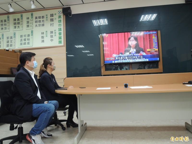 民進黨議員發表金罷獎得獎名單。(記者王榮祥攝)