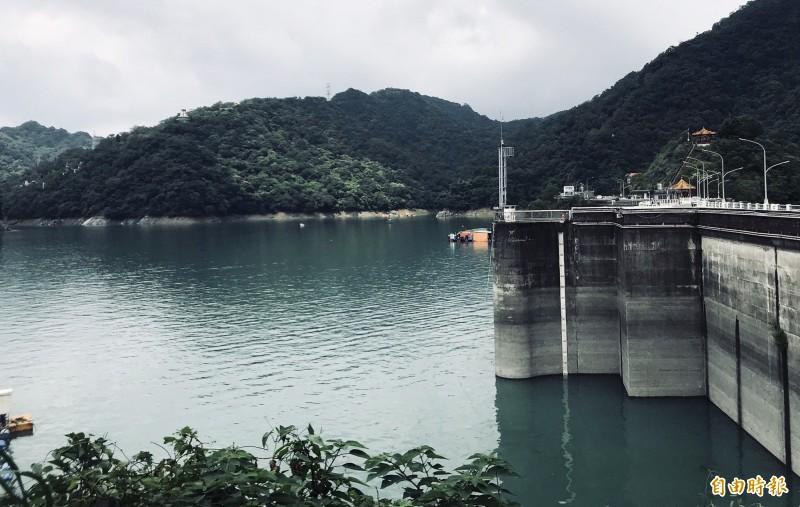 石門水庫水位截至2日晚上7點回升為237.09公尺,蓄水量1億3639萬噸,蓄水率69.09%。(記者李容萍攝)