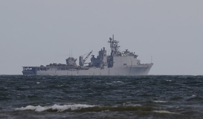 美軍船塢登陸艦「卡特霍爾號」爆發武漢肺炎群聚感染,是第三艘爆發疫情的美軍艦。(歐新社)