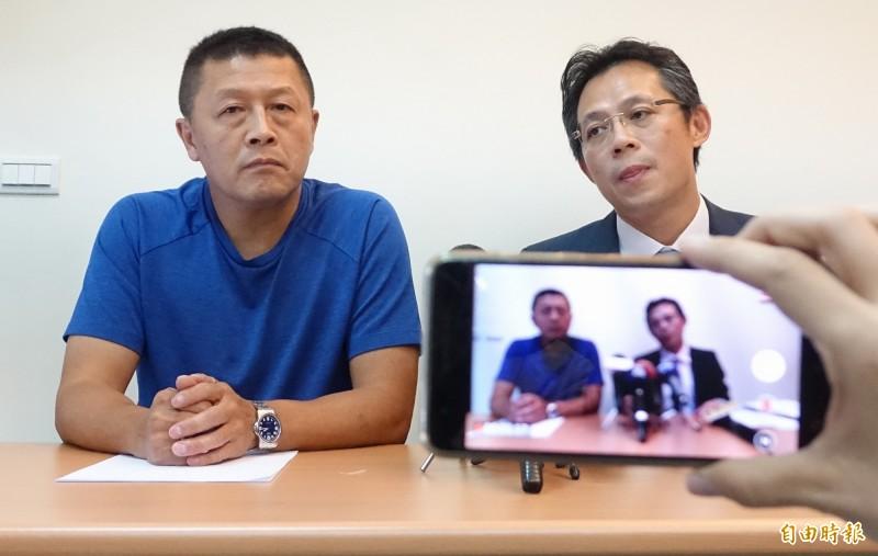 楊麗花丈夫洪文棟私生子徐國璋(左)被法院認定親子關係。(資料照)