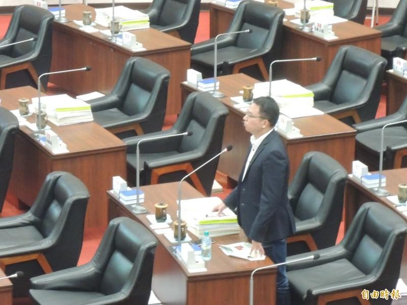 民進黨高市議員黃文益要求警方,6月6日當天對於任何干擾選舉可疑情況,應該立刻處置。(記者王榮祥攝)