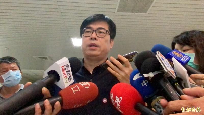 陳其邁被詢問民進黨內「海派」動員罷韓情形,他說,6月6日將決定高雄未來,是高雄人的事,跟政黨派系無關。(記者黃旭磊攝)