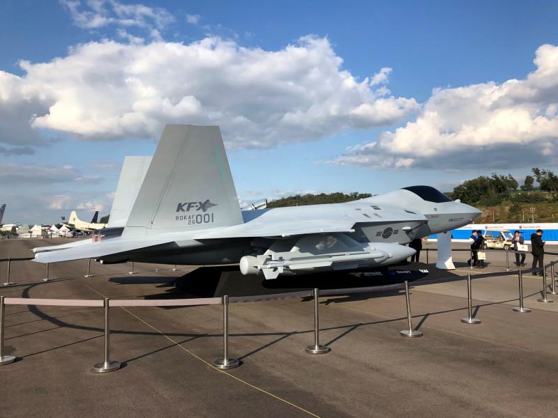KF-X戰機模型。(路透資料照)