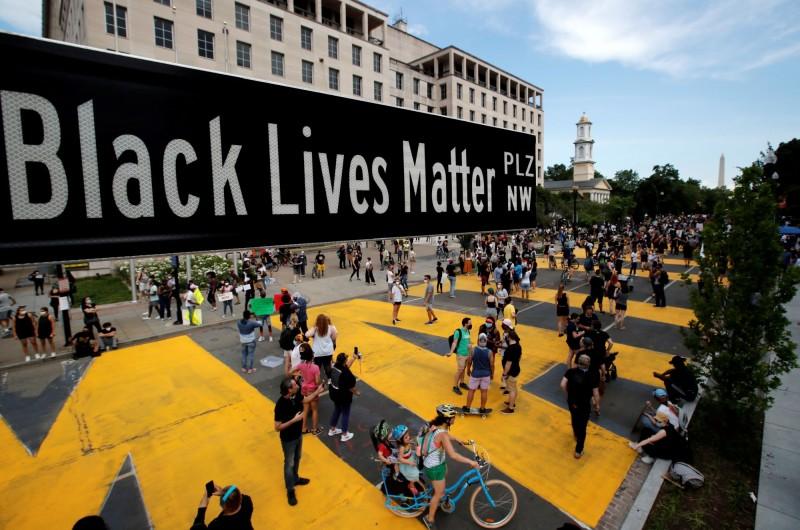 白宮前這段路也被改名為「Black Lives Matter Plaza」。(路透)