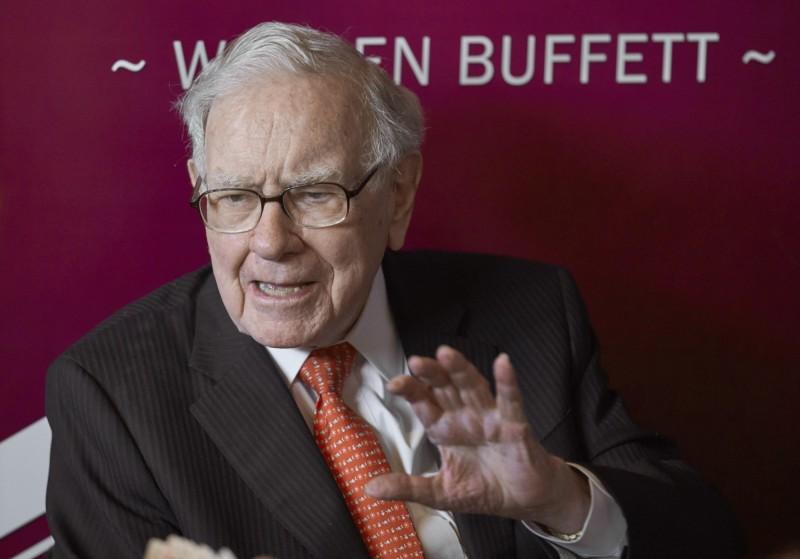 「股神」巴菲特(Warren Buffett )先前將旗下的航空股全部脫手。(美聯社資料照)