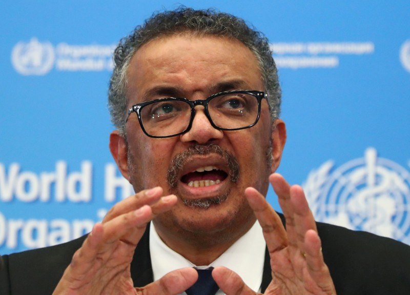 世衛秘書長譚德塞(Tedros Adhanom Ghebreyesus)建議大眾配戴口罩。(路透)