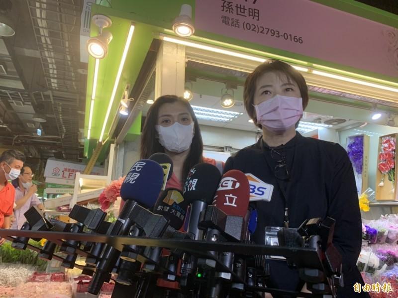 台北市副市長黃珊珊於內湖花市受訪畫面。(記者郭安家攝)