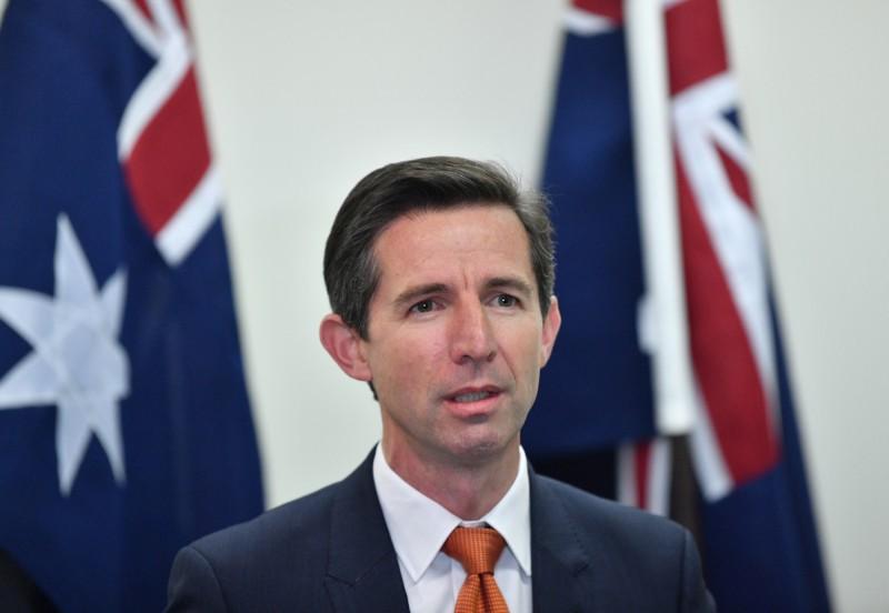 澳洲政府多次呼籲中澳兩國對話,中國政府始終未釋出善意,澳洲貿易部長伯明罕認為中方未回應的舉動令人失望。(歐新社)