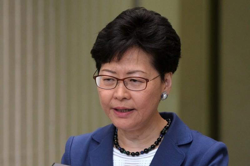 香港百萬人「反送中」大遊行迄今一週年,香港行政長官林鄭月娥今(9)日被問及此事,回應稱過去一年各界都應吸取教訓,並稱「香港承受不起亂局」。(路透檔案照)