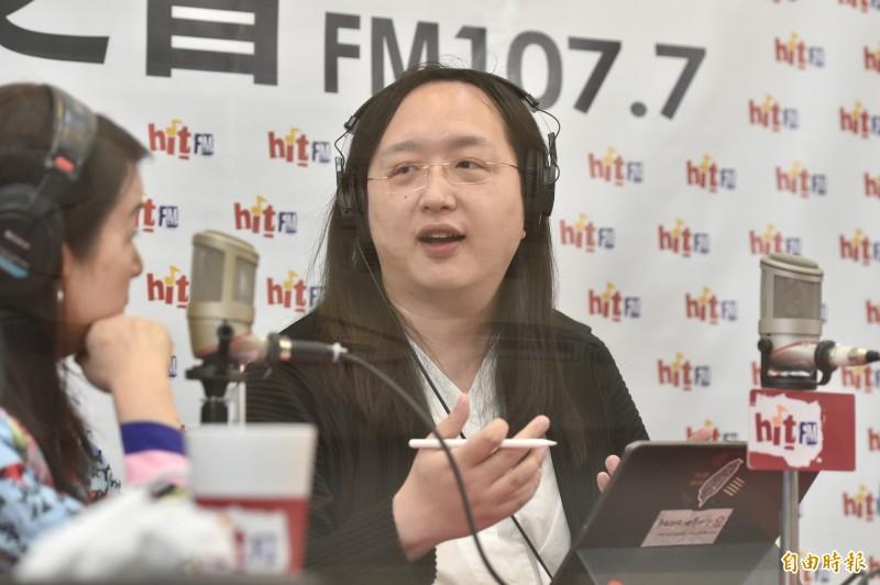 唐鳳(見圖)現身PTT親自回應,並解釋她入閣後抵押房子拚外交,2016年至2018的國際會議更都是自費參加。(記者塗建榮攝)