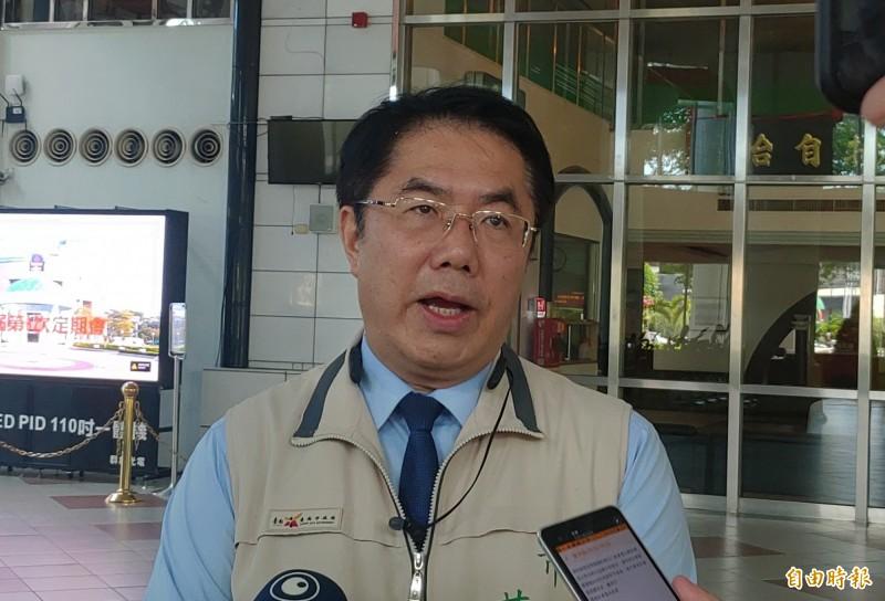 針對高雄市長補選一役,台南市長黃偉哲認為民進黨絕不能大意。(記者蔡文居攝)