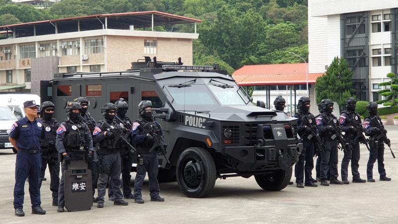 警政署保一總隊編列近2千萬元預算,以反恐名義添購該輛特種裝甲車Lenco Bearcat G2。(警方提供)