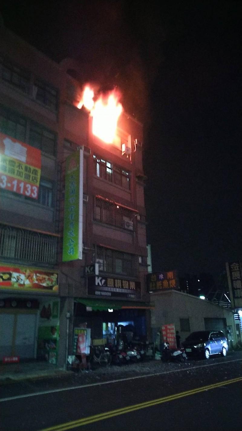 高雄市左營區公寓火警,1人死亡。(資料照)