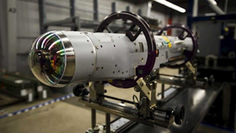 美國雷神公司(Raytheon)旗下的「暴風之鎚」智慧炸彈(StormBreaker smart weapon)首次在F/A-18E/F「超級大黃蜂」戰鬥機上完成導引發射。(照片取自Raytheon網站)