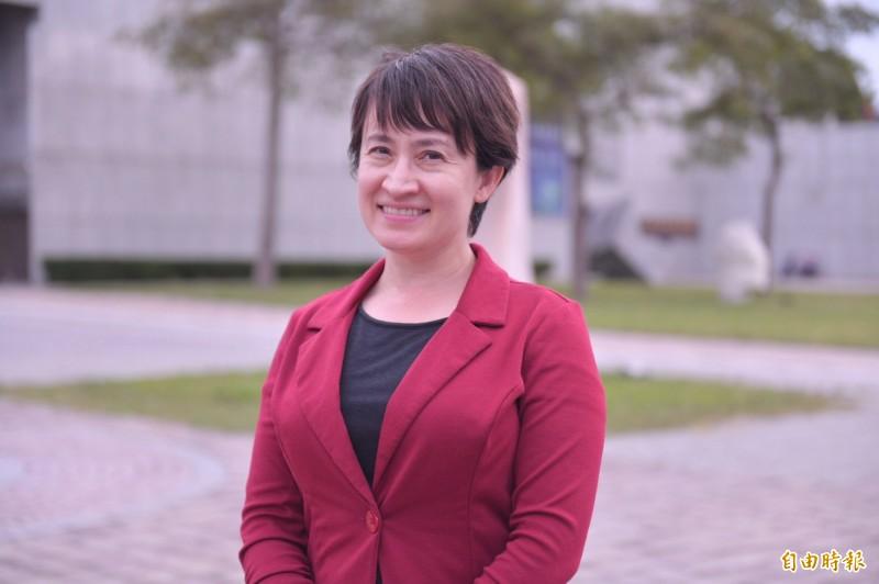將接任台灣首位女性駐美代表的蕭美琴在臉書發文說,面對中國外交戰狼挑釁,她自許為戰貓。(資料照)
