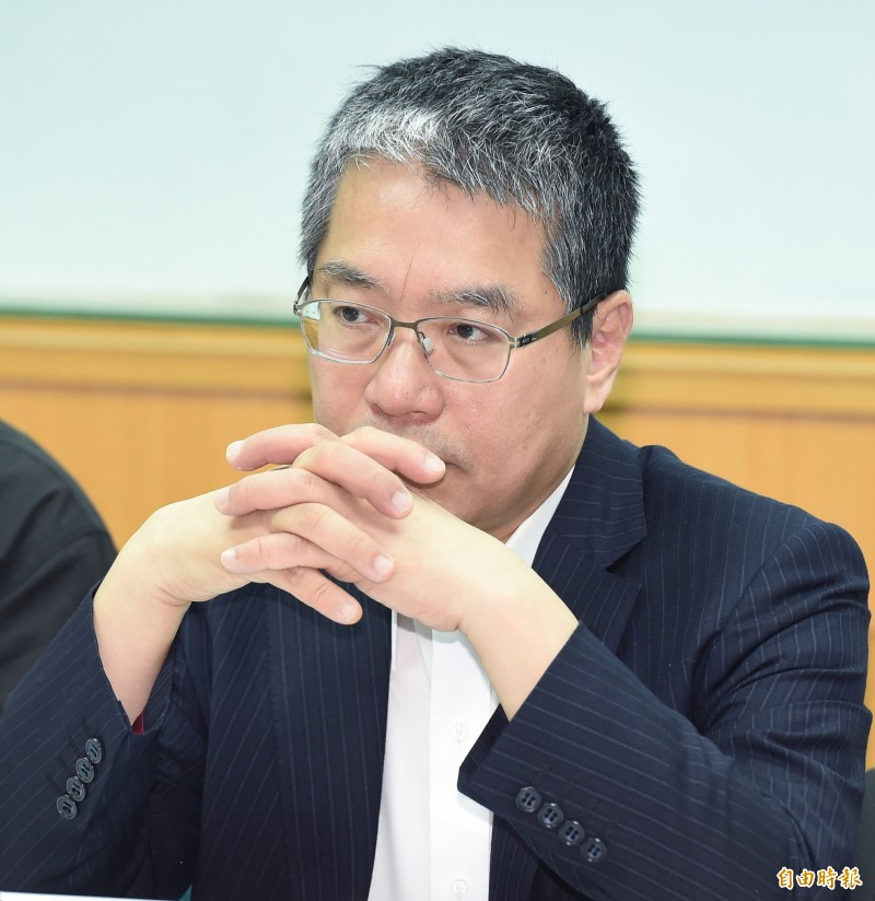 Lai Yizhong, the chief executive of the Cross-Strait Exchange Vision Foundation, pointed out that the Chinese President may still use Taiwan to relieve internal pressure.