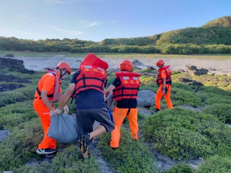 綠島海域昨天發現男性遺體,今天確認是7天前小琉球失蹤的潛水客。(記者黃明堂翻攝)