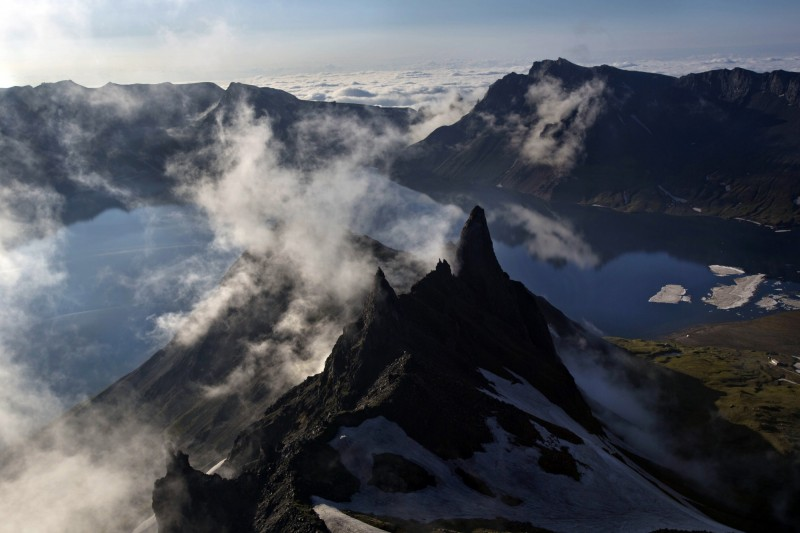 中國中科院指出,長白山與5大連池火山區的形成有一定的關聯性。圖為長白山。(美聯社)