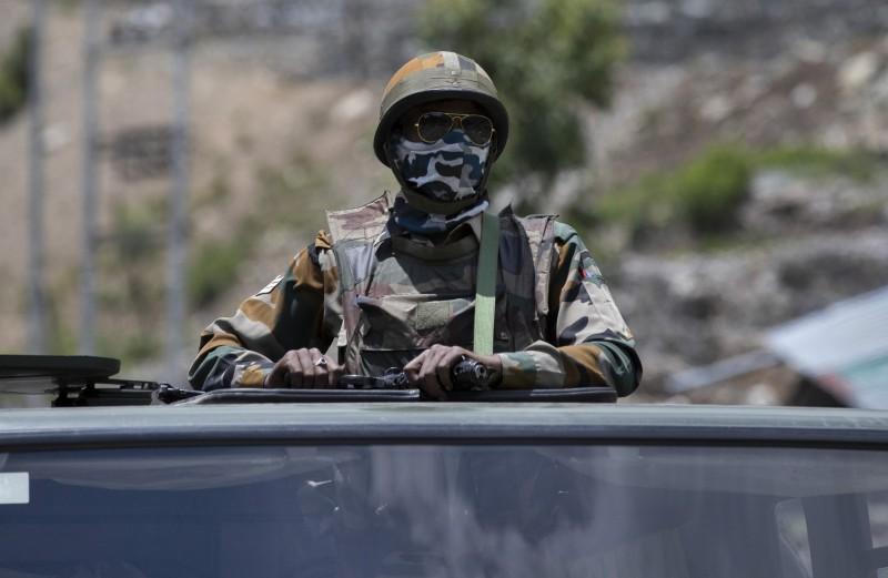 駐守在喀什米爾的印度士兵。(美聯社)