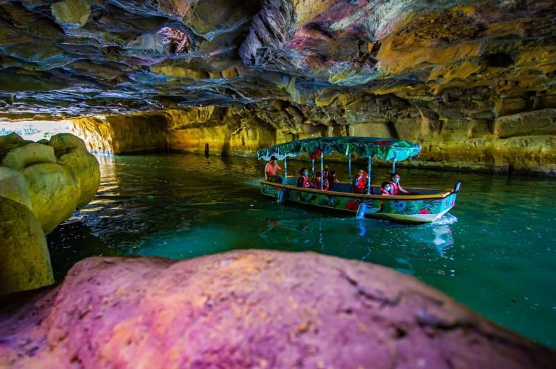 生態綠舟的「神秘水道」,被譽為宜蘭版翟山坑道。(記者江志雄翻攝)