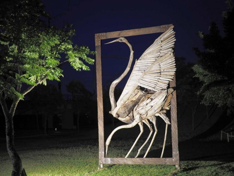 生態綠舟的鳥類裝置藝術。(記者江志雄翻攝)