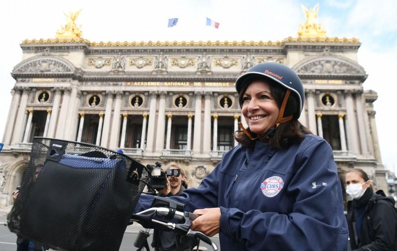 巴黎市長伊達爾戈(Anne Hidalgo)在當地時間22日晚間向媒體表示,自己的武漢肺炎病毒檢測結果呈「陽性」。(法新社資料照)