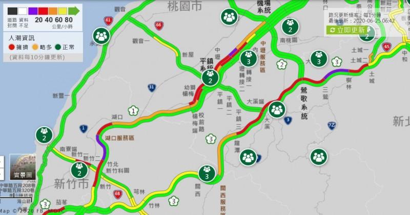 今晨包含國1及國3也有部分南下路段出現紫爆情形,塞車路段多集中於桃園、新竹間的南下路段。(圖擷自高公局1968即時路況)