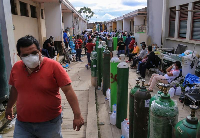 武漢肺炎(新型冠狀病毒病,COVID-19)疫情持續升溫,在過去一週許多拉丁美洲國家的疫情依然緊繃,疫情持續飆車,許多國家的確診病例都多出25%到50%。(法新社)