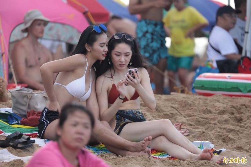 中央氣象局指出,今天(26日)受到太平洋高壓持續影響,各地仍屬高溫炎熱的天氣。(資料照)