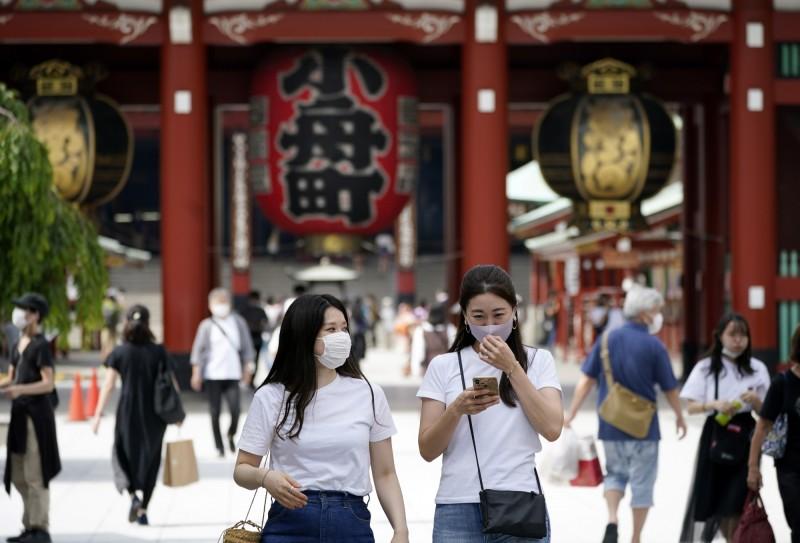 日本東京今天新增57例確診,再度創下緊急狀態解除後新高紀錄。(歐新社)
